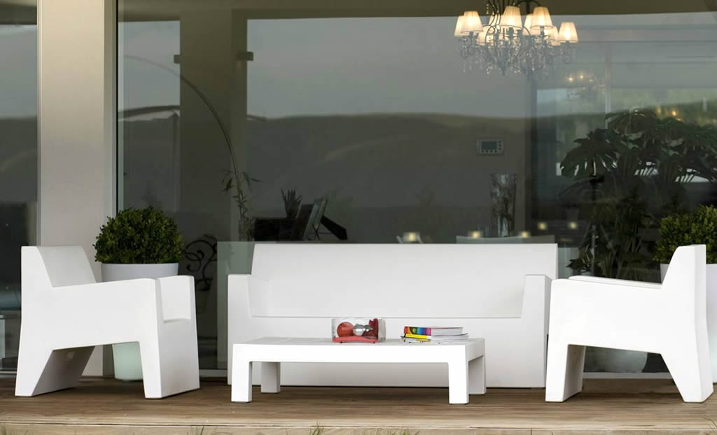 Amazing White Modern Patio Furniture Modern Outdoor Furniture Design Of Jut Butaca And Jut Mesa 60