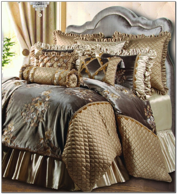 Attractive Luxury Bed Comforters Best Luxury Bedding Ensembles Luxury Bed Sets With Curtains