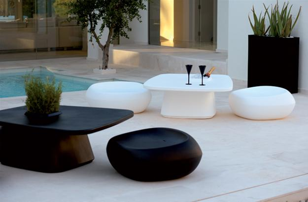 Attractive White Modern Patio Furniture Captivating White Modern Outdoor Furniture 25 Modern Outdoor