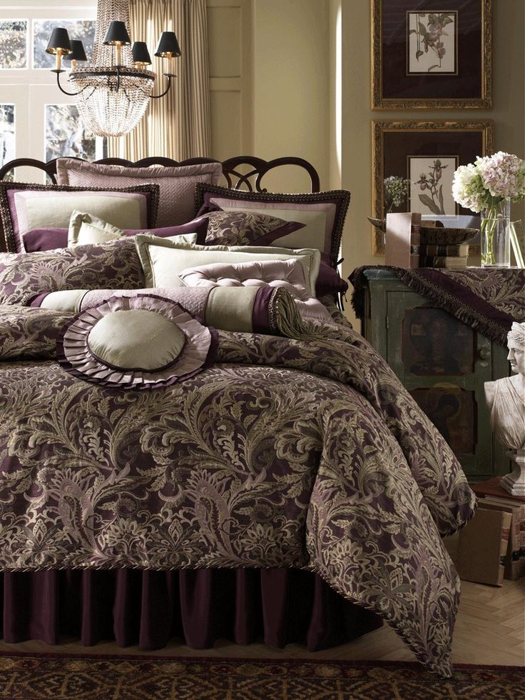 Beautiful Luxury Bed Comforters Best 25 Luxury Comforter Sets Ideas On Pinterest Red Bedding