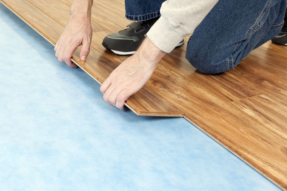 Best Laminate And Vinyl Flooring Vinyl Vs Laminate Flooring Which Is Best