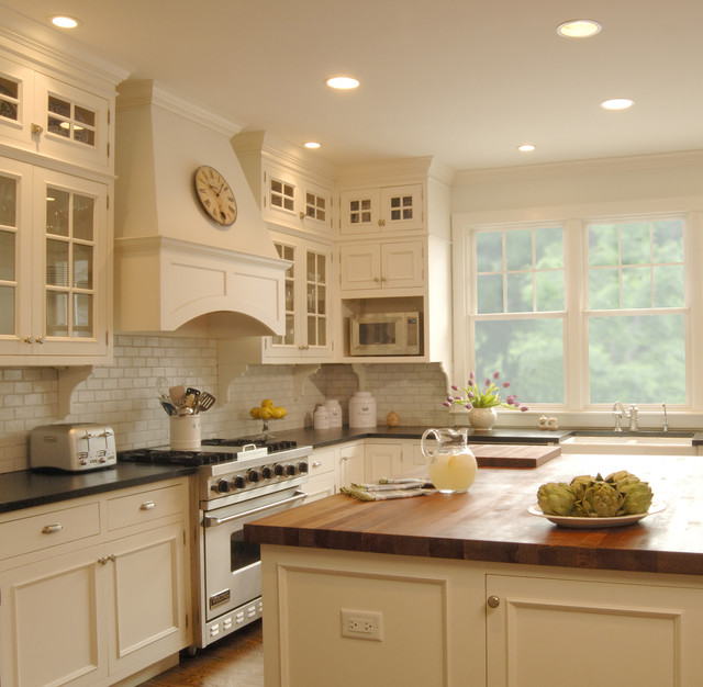 Brilliant Houzz Kitchen Cabinets White Kitchen Traditional Kitchen Chicago The Kitchen