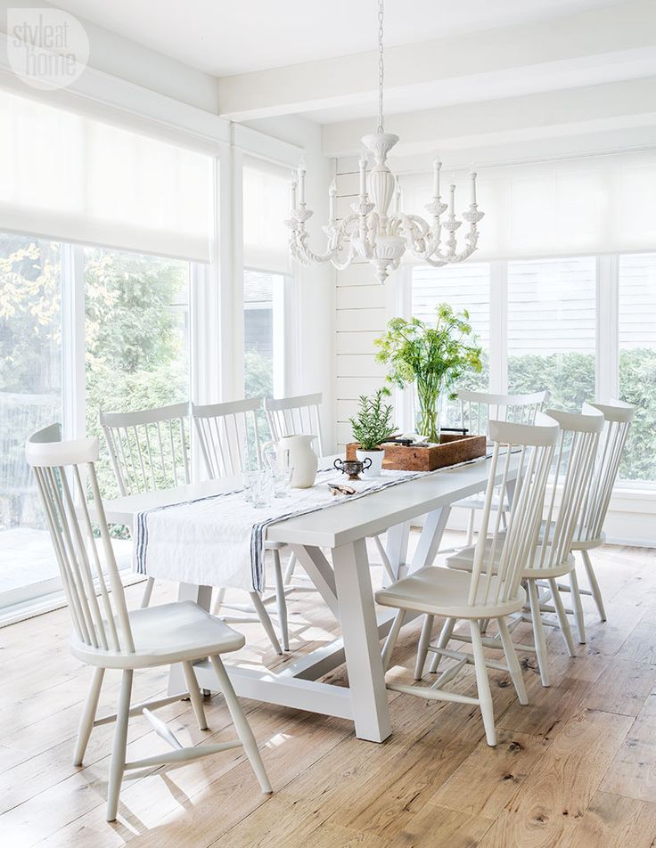 Chic White Dining Room Decor Best 25 White Dining Table Ideas On Pinterest Dining Room Table