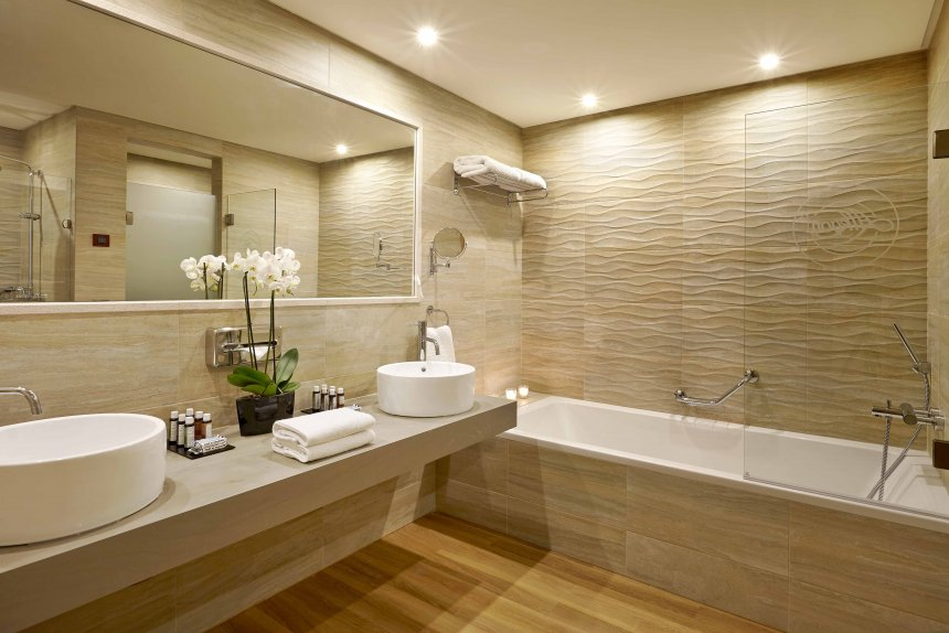 Elegant Luxury Bathtubs And Showers Luxury Bathroom Showers Bathrooms Designs On The Eye Design Ideas