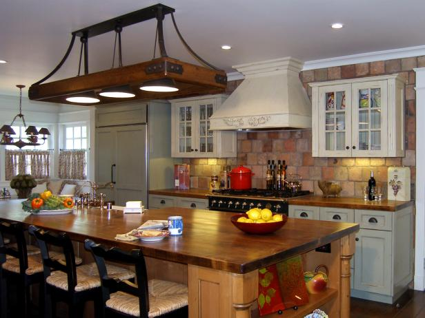 Elegant Traditional Kitchen Design Guide To Creating A Traditional Kitchen Hgtv
