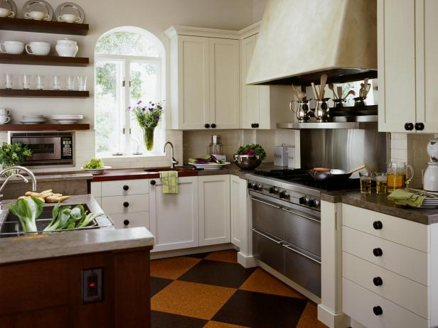 Fabulous Country Style Kitchen Country Kitchen Cabinets Pictures Ideas Tips From Hgtv Hgtv
