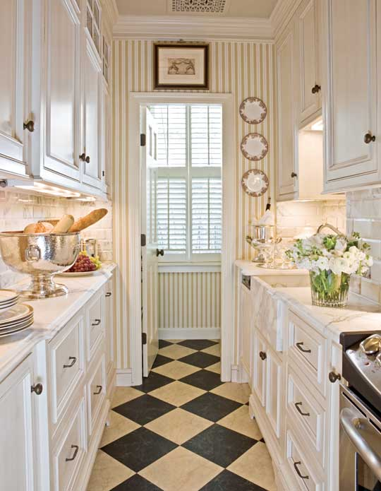Fabulous Kitchen Designs For Small Kitchens Beautiful Efficient Small Kitchens Traditional Home