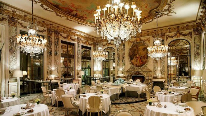 Gorgeous Expensive Dinner Table The Most Expensive Restaurant In Europe Le Meurice Design