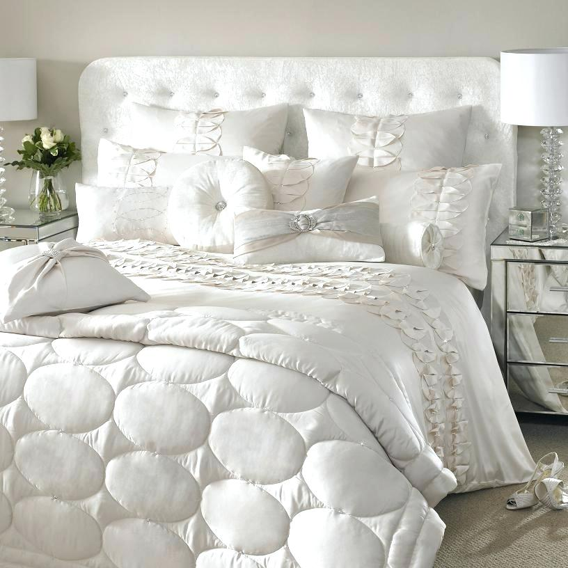 Gorgeous Luxury Bed Comforters Luxury Bed Comforter Alil