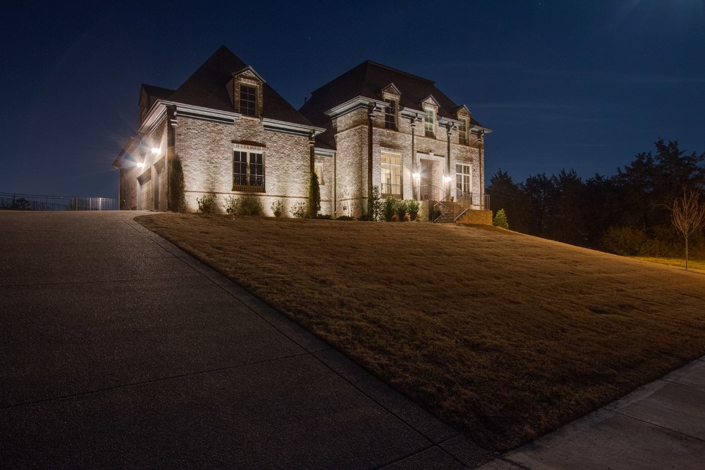 Great Upscale Outdoor Lighting Majestic Outdoor Lighting With Nashville Estate Outdoor Lighting