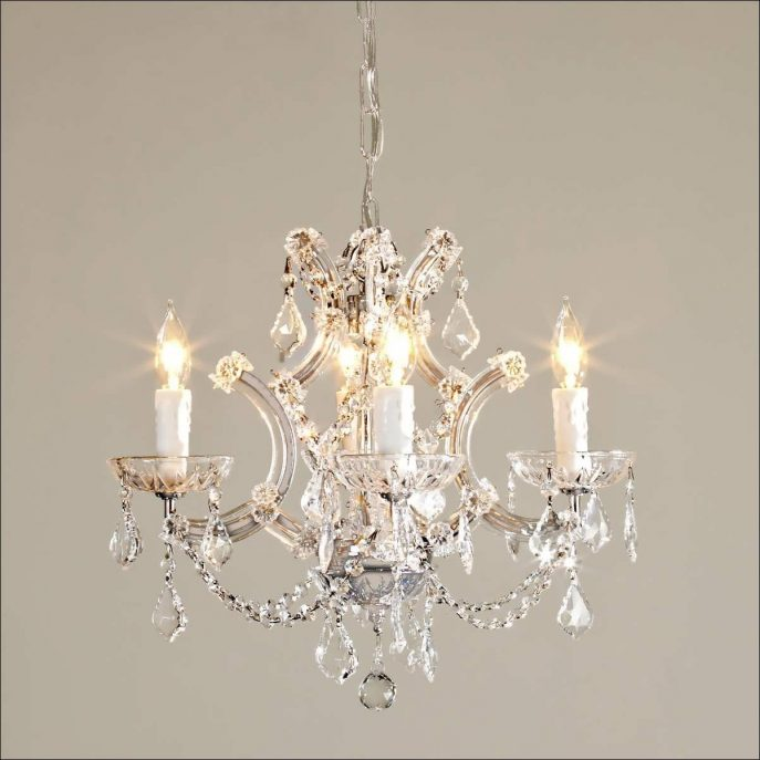 Impressive Big White Chandelier Chandelier Big Chandelier Lights Designs Chandeliers