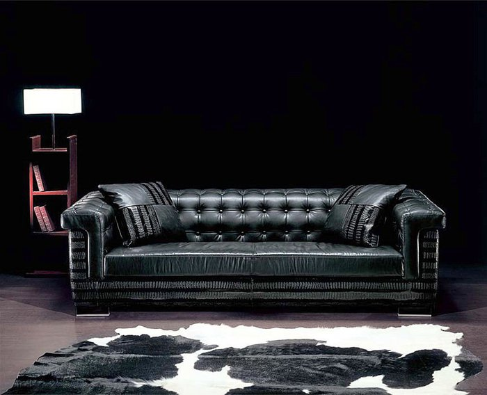 Innovative Luxury Leather Furniture Luxury Contemporary Black Leather Sofa With Table Lamp And Fur