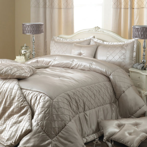 Innovative Modern Luxury Bedding Finding Luxury Bedding Collections All Modern Home Designs