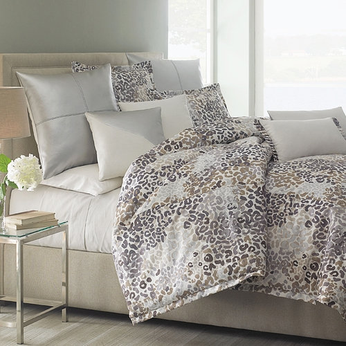 Lovable Luxury Bedding Ensembles Jaxon Luxury Bedding Set A Michael Amini Bedding Collection