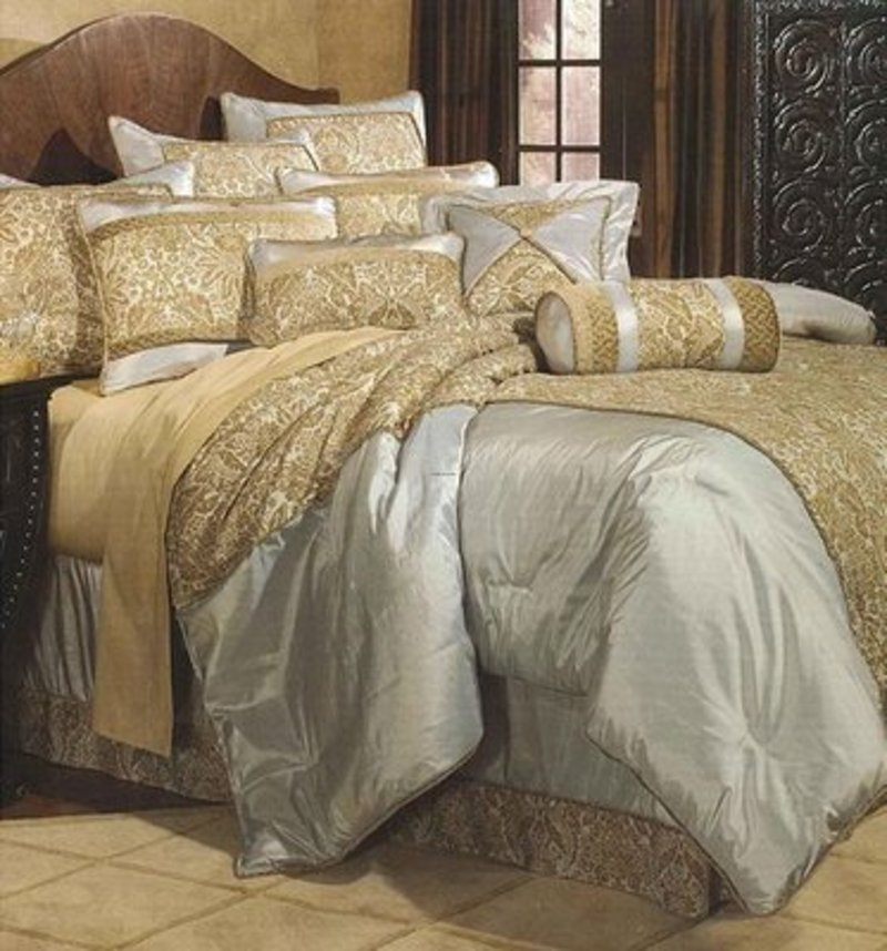 Stylish Luxury Bedding Ensembles Gorgeous Luxury Bedding Ensembles Luxurious Bedding Sets Today All