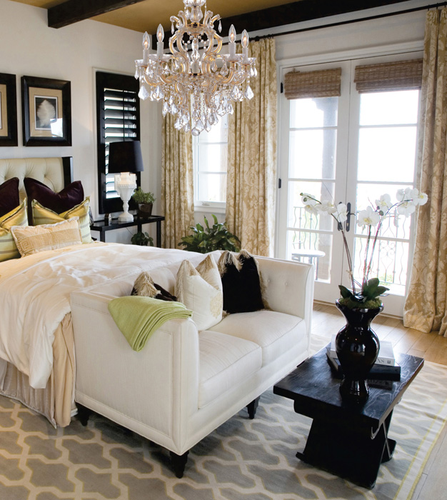Unique Elegant Bedroom Chandeliers Beautiful Bedroom With Extra Elegant Chandelier Bedroom