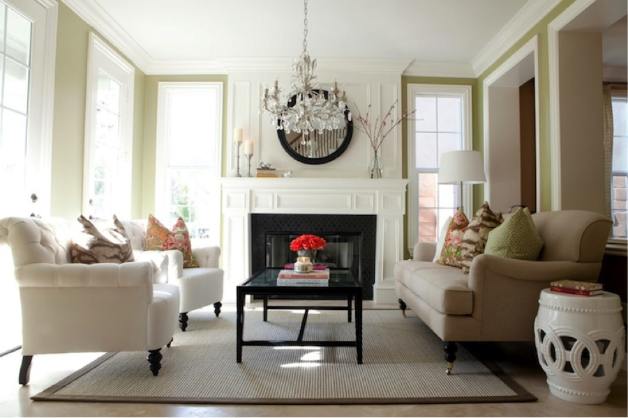 Wonderful Large Living Room Chandelier This Living Room Chandelier Proves That The Piece Does Not Have To